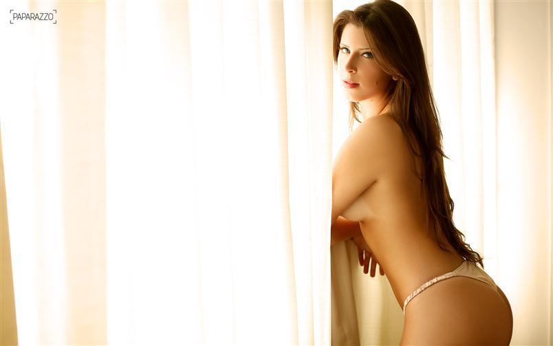 Andressa Ganacin Paparazzo