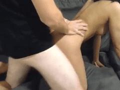 Video de sexo com a moreninha rabuda levando do amante