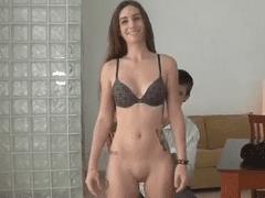 Novinha Muito da Gostosa Aceita Fazer Cena Porno Intensa Para Pagar Sua Faculdade