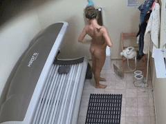 Câmeras Escondidas Flagram Loira Gostosa Fazendo Bronzeamento Artificial Em Clinica Famosa