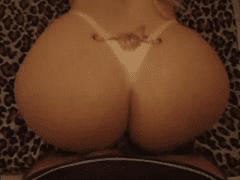 A Super Gostosa Pamella Falcão de Florianópolis – SC Em Video Porno Caseiro que Caiu na Net
