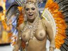 Mulheres-peladas-no-carnaval-47