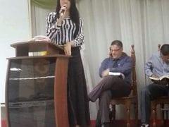 Contribuição Amadora Brasileira – Novinha Crente Dando Para Pastor da Igreja da Sua Cidade