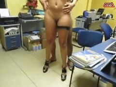 Caiu na Net  Super Video da Amalisedin a Super Esposa Liberal Dando Para Amigo no Trabalho