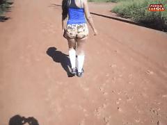 Vazou no WhatsApp Video de Marido Voyeur de MG Filmando Sua Esposa Em Cooper e Pelada