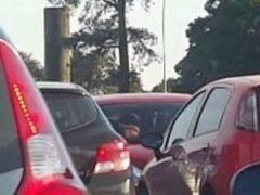 Flagra Amador Nacional de Gostosa da CEUB de Brasilia Metendo no Carro da Faculdade