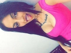 Contribuição Caseira Nacional – Larissa Pimentel de 18 anos Envia Fotos dos Seus Peitos Para Ficante no Seu Snapchat e Cai na Net – BA