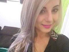 Jéssica Vixi CamGirl Muito Gostosa de Joinville – SC se Masturba Com Pressão em Frente a WebCam e Vídeo Vaza no WhatsApp