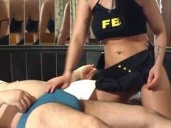 Filme de Sexo Nacional – Realizando Fetiche Com Roupa do FBI