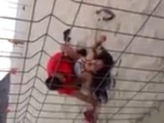 Flagra Amador Brasileiro Real de Casal Sem Vergonha Fodendo na Praia da Cidade das Olimpíadas em Plena Luz do Dia – RJ