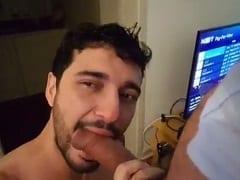 Marcos de Goiânia – GO Grava um Vídeo Pornô Gay Mamando a Rola do Amigo e Tomando Surra de Pica na Cara