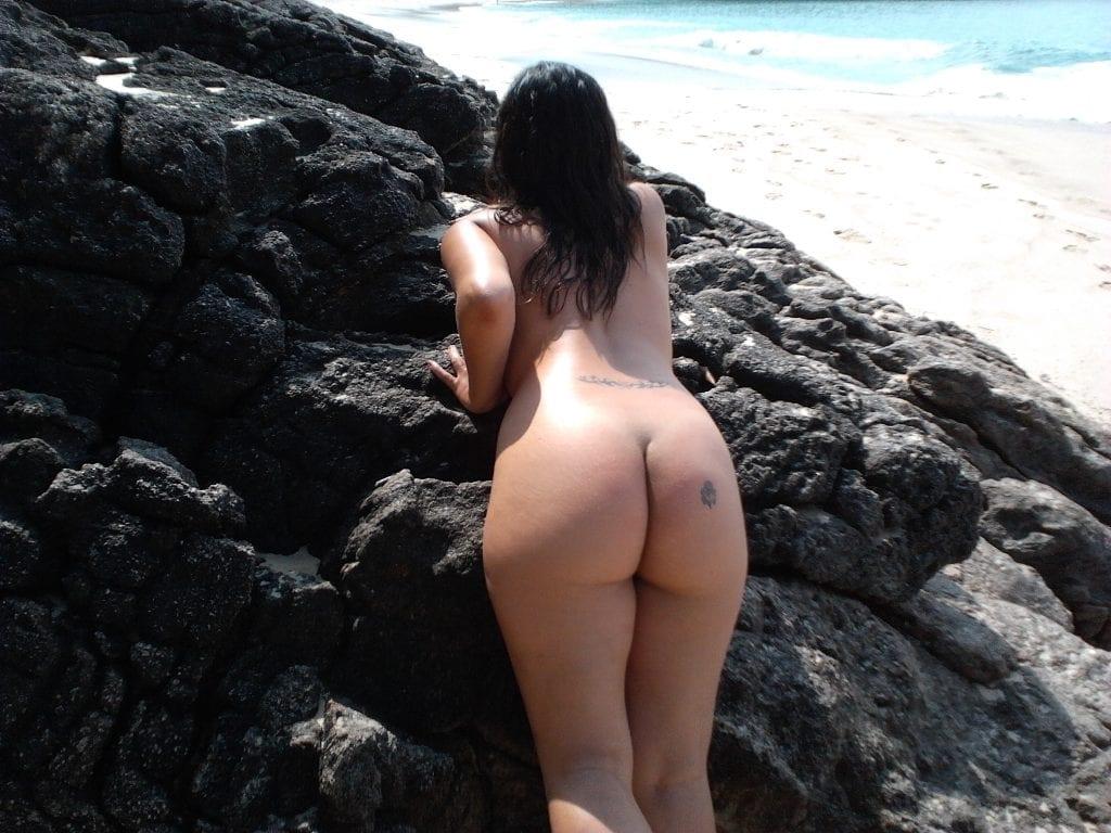 classificadox nuas na praia