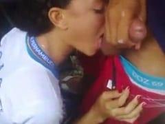 Ninfeta de 18 Anos Estudante do Industrial de Arcoverde em Pernambuco Cai na Net ao Mamar a Rola de um Desconhecido Enquanto Ele Grava Vídeo – Xnxx
