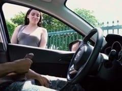 Rapaz Pede Informação Pra Uma Safada na Rua e Começa a Tocar Uma Bronha na Frente Dela Deixando a Amadora Cheia de Tesão – Xvídeos