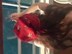 Gostosa Amadora Entra na Piroca do Seu Noivo de Frente Pro Mar em um Cruzeiro de Luxo e Tarado Grava um Vídeo Amador – Xvídeos