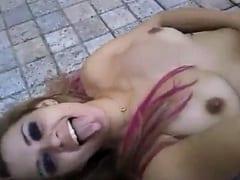Cliente Deixa a Putinha Bêbada Sozinha no Motel Depois de Foder e Safada Faz um Vídeo Amador se Exibindo na Beira da Piscina – Xvídeos