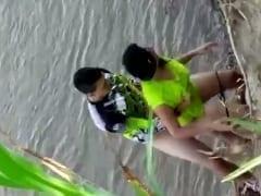 Ciclista Tarado Levou Uma Putinha Pra Beira de um Rio e Começou a Foder Ela de Quatro Mas Foi Flagrado Por Um Rapaz Que Passava – Xvídeos
