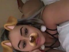 Gostosinha Mandou um Snapchat Pro Ficante Usando Carinha de Cachorrinha Exibindo Sua Bunda Deliciosa Sem Calcinha – Caiu na Net