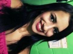 Iara Ninfetinha Morena Muito Safadinha se Exibiu Peladinha no Banheiro e Tocou Uma Siririca Além de Filmar Sua Putaria Caseira – MA