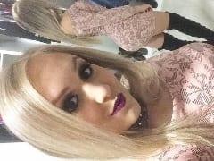 Bárbara Daher Loira Tesuda e Safada de Trombudo Central – SC se Exibiu Peladinha e se Masturbando em Fotos Caseiras Mas Parou na Internet
