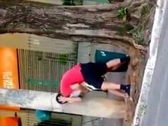 Ninfetinha Safada Foi Pega no Flagra Dando Uma Trepada no Meio da Rua Frei Caneca em São Paulo em Plena Luz do Dia – Caiu na Net