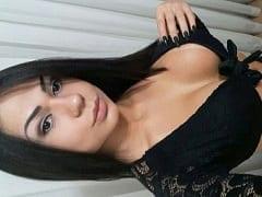 Dani Mancini Nova Atriz Pornô Brasileira Muito Gostosa Apareceu em Fotos Ousadas se Exibindo Seu Corpo Delicioso Sem Roupa
