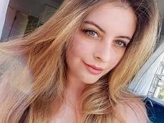 Dominique Chequetto de Loirinha Gata de Florianópolis – SC Fez Uma Putaria Amadora no Skype Com um Ficante e Ele Printou Tudo