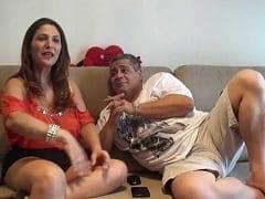 Susy Leal Esposa Devassa do Corno Junior Conta em Seu Canal do Youtube Suas Experiências de Swing Transando Com Homens Casados