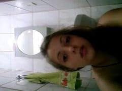 Andressa Ninfetinha Gata e Safada Ficou Exibindo Sua Bunda Deliciosa e Sua Buceta Rosada em Vídeo Caseiro – Caiu na Net