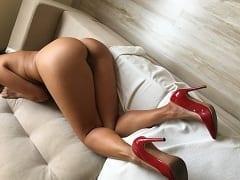 Pérola Esposa Cavalona de São Paulo – SP se Exibiu Usando Uma Lingerie Excitante Depois Entrou na Piroca do Seu Macho Gemendo Muito