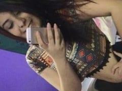 Brenda Moreninha Casada Top de Linha Foi Pro Motel Bambu em Guabiruba – SC e Transou Muito Com o Amante Enquanto o Corno Gravava um Vídeo