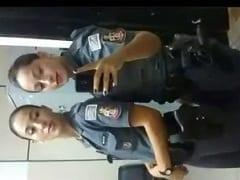 Natasha PM Safadinha do Rio de Janeiro – RJ se Masturbou e Acabou Gozando Muito Ficando Toda Molhadinha – Caiu na Net