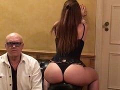 Oscar Maroni Dono do Bahamas Hotel Club Gravou um Vídeo Amador Exibindo Sua Puta Preferida em Momento de Lazer na Sua Suíte de Luxo – Caiu na Net