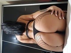 Eduarda Puta de Luxo da Bunda Enorme de Brasília – DF Ficou se Exibindo Peladinha Seduzindo em um Vídeo Amador Excitante – Caiu na Net