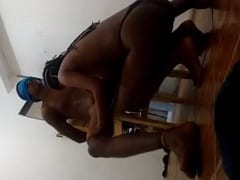 Tatiane Novinha Morena de Manaus – AM Amarrou o Namorado e Colocou Uma Venda Nele Pra Sentar na Piroca e Fazer o Que Quiser Com o Moleque