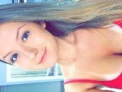 Camila Girardi Ninfeta Patricinha de Balneário Camburiú – SC Caiu na Net Dando a Buceta Pro Ficante no Motel e Gemendo Gostoso