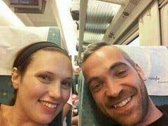 Delicia de Amadora Conheceu o Cara no Trem e Foi Pro Banheiro Com Ele Pra Dar Uma Bela Mamada no Sortudo – Caiu na Net