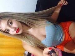 Eduarda Loira Cavala de Angra Dos Reis – RJ Tirou Fotos da Sua Rabeta Enorme e Dos Peitões Mas Acabou Parando na Web