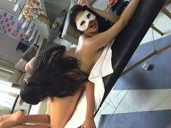Modelos Espetaculares Que Participam do Maior Reality Show Erótico do Brasil, a Casa Hot, Fizeram Uma Putaria Lésbica Regada de Sexo Oral