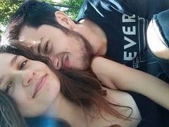 Júlia Clee Ninfeta Muito Gostosa de Cachoeirinha – RS Gravou um Vídeo Masturbando Sua Xereca e Tirou Fotos Ousadas Pra Mandar Pro Namorado