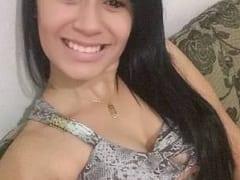 Ana Carolina Jovem Amadora Muito Ousada Foi Pra Uma Rua de Terra Deserta Com Seu Namorado e Transou no Capô do Carro Dele – SP