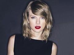 Taylor Swift Cantora Magrinha e Muito Famosa Teve Fotos Íntimas Toda Nua Vazadas na Internet Após Hackers Invadirem Seu E-mail