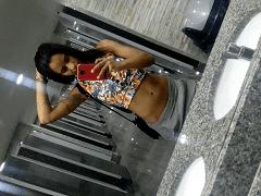 Ju Ninfeta Morena Bi do Vidigal – RJ Tirou Fotos Peladinha Muito Ousadas Mostrando Seus Peitos e Sua Xereca, Mas Parou na Web