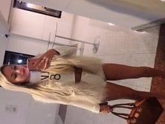 Débora Drumond Jovem Modelo de 20 Aninhos Que Trabalha Como Puta de Alto Nível em Moema – SP Gravou Vídeos Caseiros se Exibindo Peladinha e Tirou Fotos Provocantes