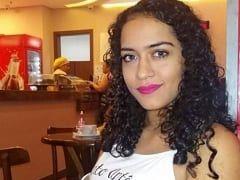 Karolline Fernanda Ninfeta Bem Gostosa de São Luís – MA Fez um Vídeo Masturbando a Xereca e Tirou Fotos Muito Ousadas