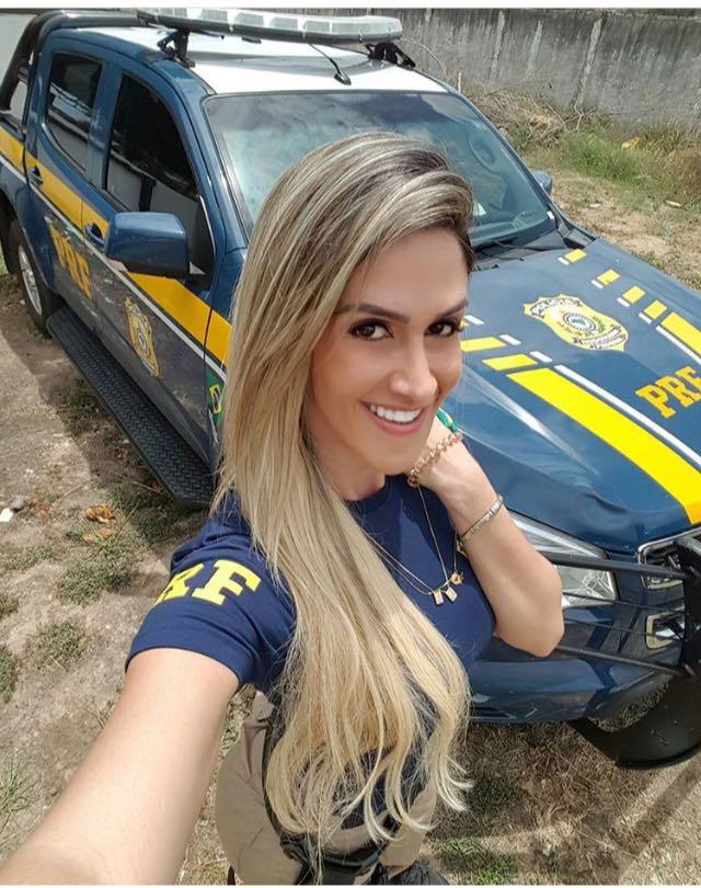 Policial Federal Mari De Rio Das Ostra RJ - Caiu Na Net