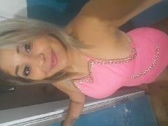 Jéssica Lésbica Safada Tirou Fotos Peladinha em Brincadeira Com Sua Ficante e Exibiu Suas Xerequinhas Enquanto Estavam em um Motel no Rio de Janeiro