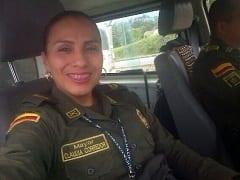 Cláudia Policial Morena Muito Safada Colombiana Chupou a Rola do Seu Comandante e Entrou na Piroca Mas Vídeo Amador Acabou Vazando