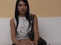 Rebeca Rios Morena Espetacular Cavala Que é Puta e Atriz Fez um Boquete Maravilhoso no Cliente Enquanto Ele Filmava Com o Celular