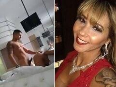 Suzy Anderson Foi Com Novinho Pro Motel e Foi Enrabada de Quatro Enquanto Filmava Pelo Espelho